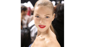 red-lips-for white teeth